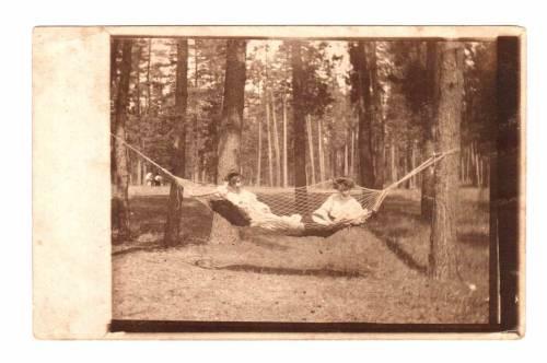 Клава и Лиза Седлецкие, Сумы Украина,  1914 г.